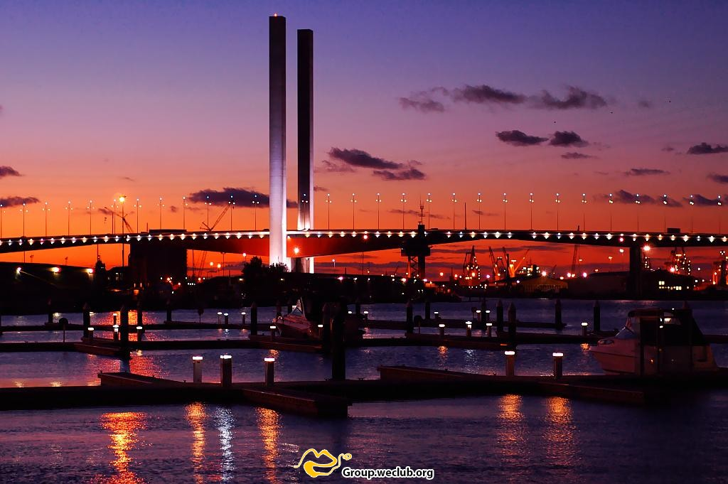 Bolte_bridge_dusk.jpg